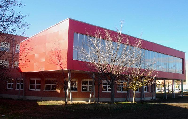 Urbaq Arquitectos Ampliación Biblioteca Empresariales Universidad de León