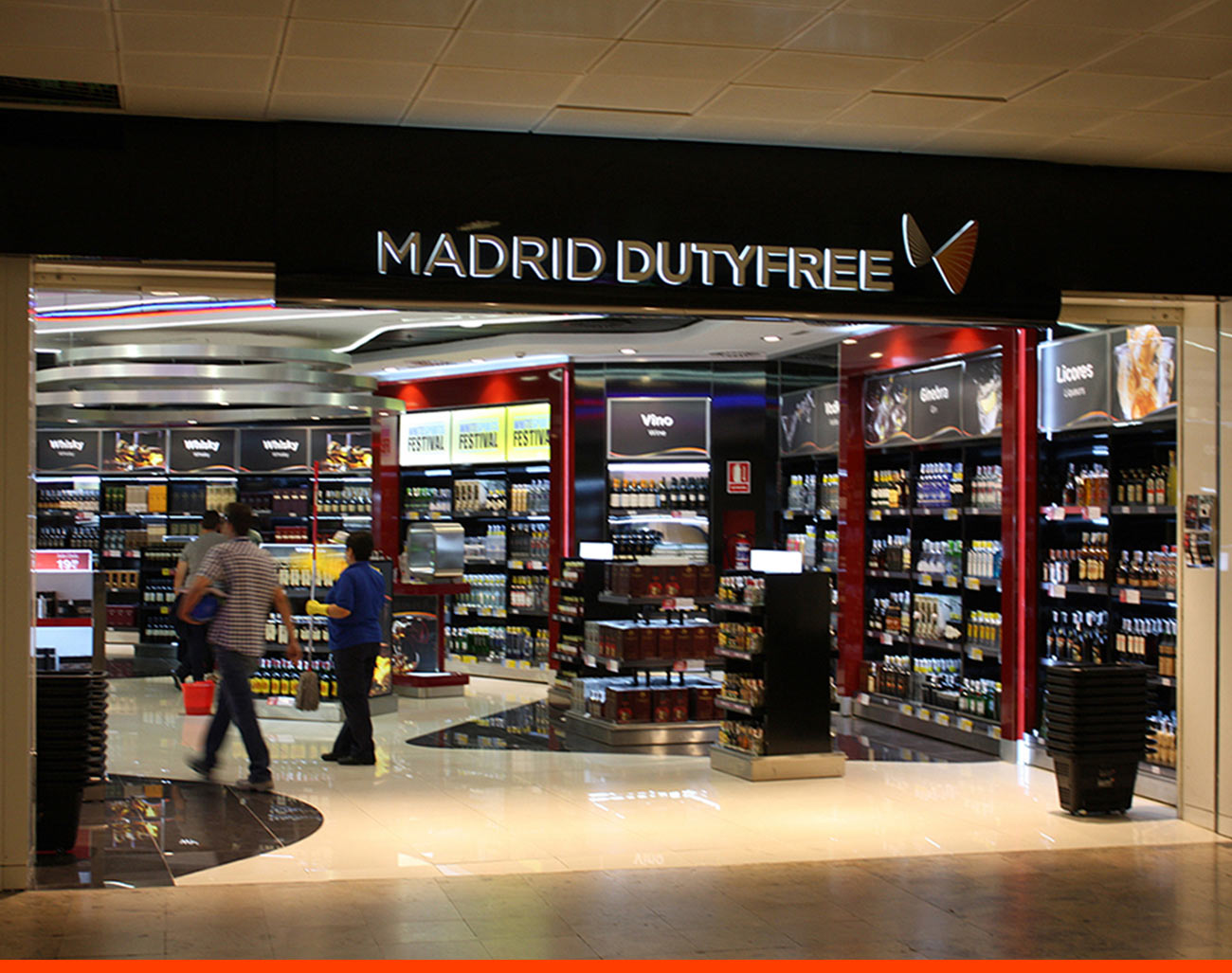 Tienda New Walk Trough T2 Madrid