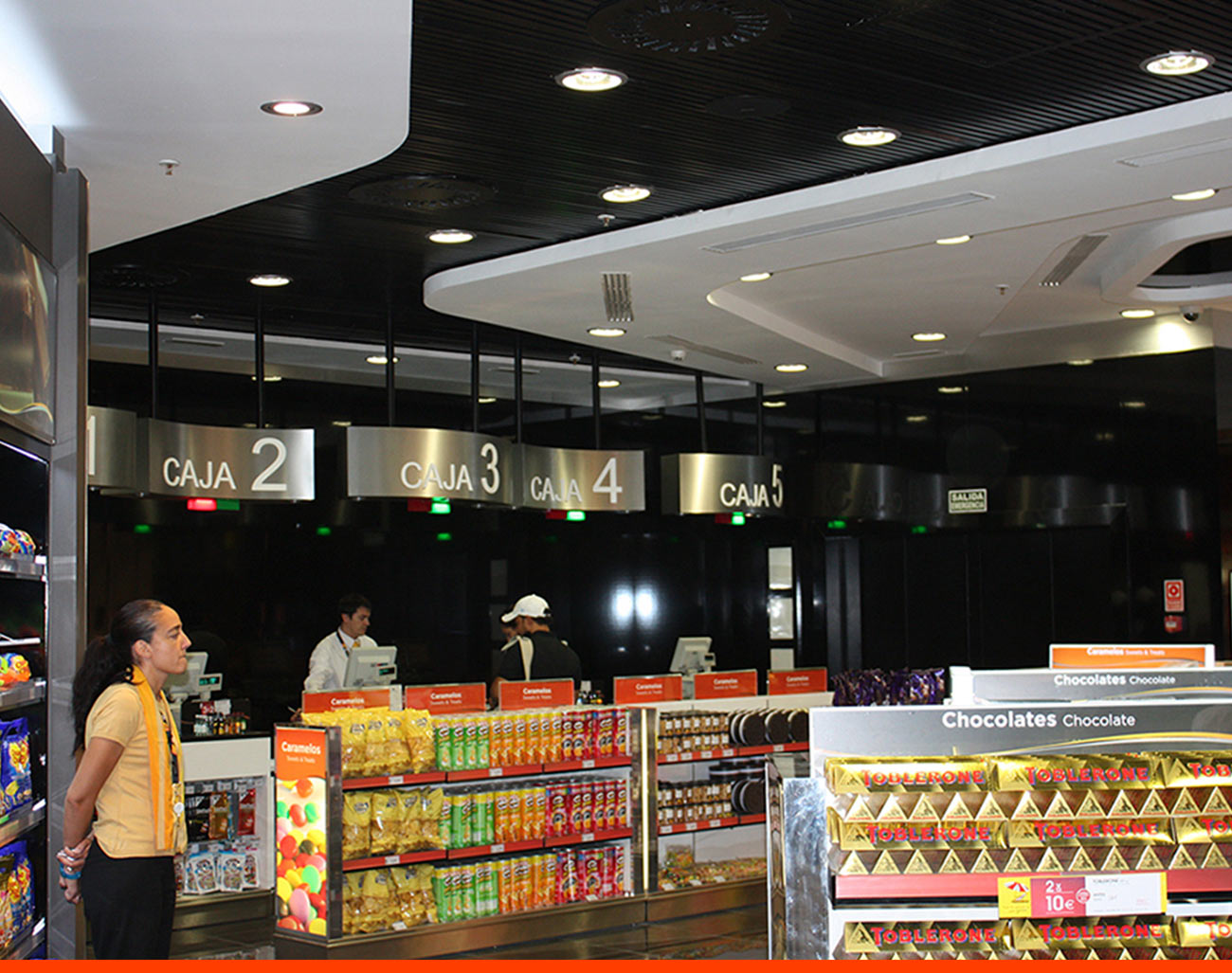 Tienda Walk Through Schengen T1 Madrid