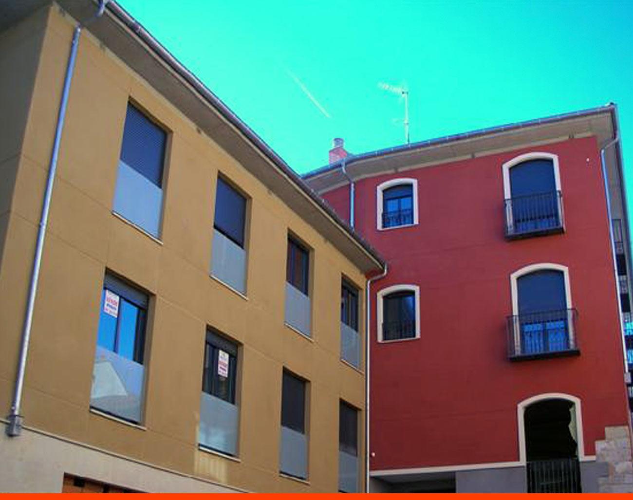 11+15 Viviendas, locales, garajes y trasteros. Carbajalas (León)